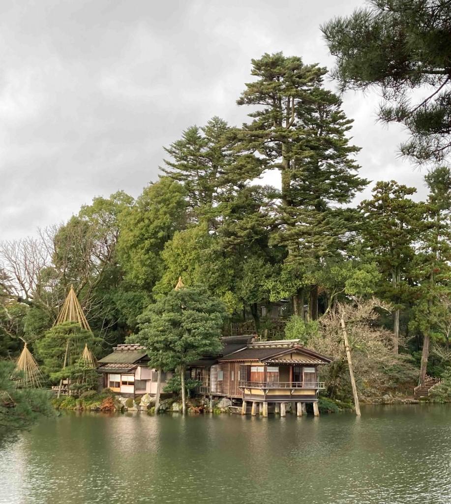 兼六園の池2